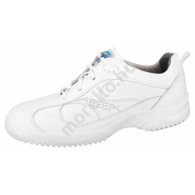 6750 O2 SRC Munkavédelmi Cipő